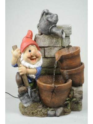 Fontaine avec nain